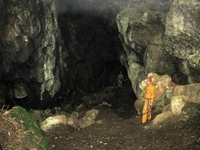 Looking into Jugholes.  The way to the lower cave is on the right.