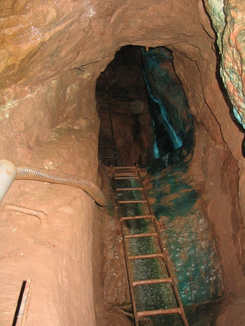 Part of the ladder way in Blue Shaft